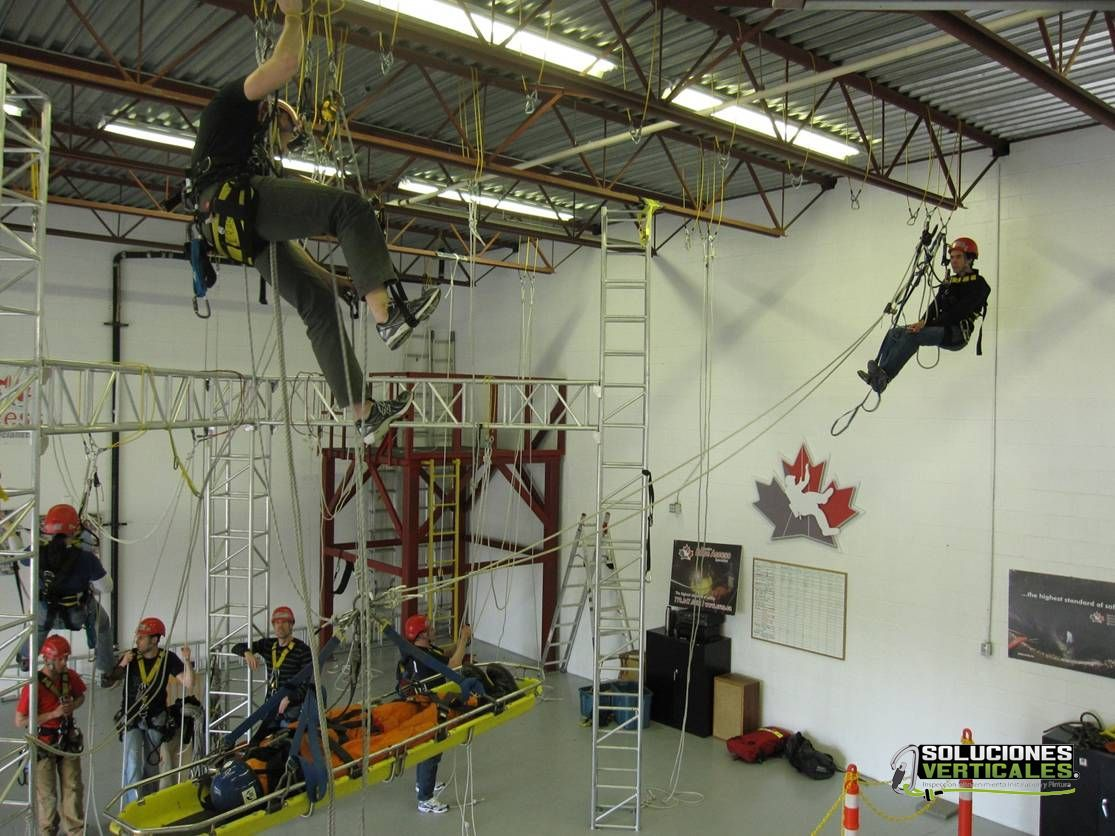 2 authorized host Training evaluation certification Soluciones Verticales SPRAT CANADIAN ROPE ACCESS SPECIALSTS CRAS cross hauling